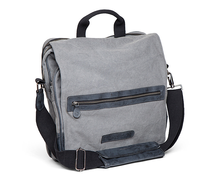 Never drop another quest item again! Shop ThinkGeeks selection of durable and stylish laptop bags briefcases laptop sleeves amp computer bags
