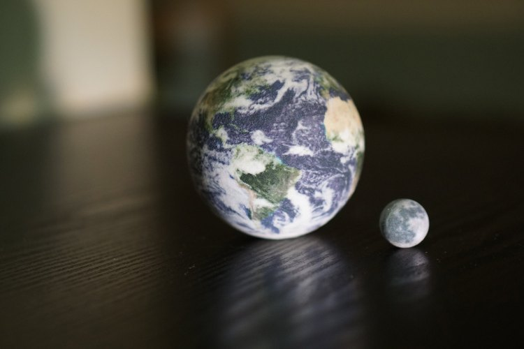 Amazing High Resolution Miniature Planets That Are 3D Printed to Scale