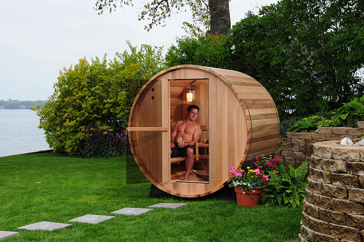 Unique outdoor wooden barrel shaped saunas for Backyard sauna plans