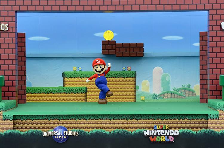 Mario does a live action super mario bros level run at super mario does a live action super mario bros level run at super nintendo world in japan publicscrutiny Choice Image