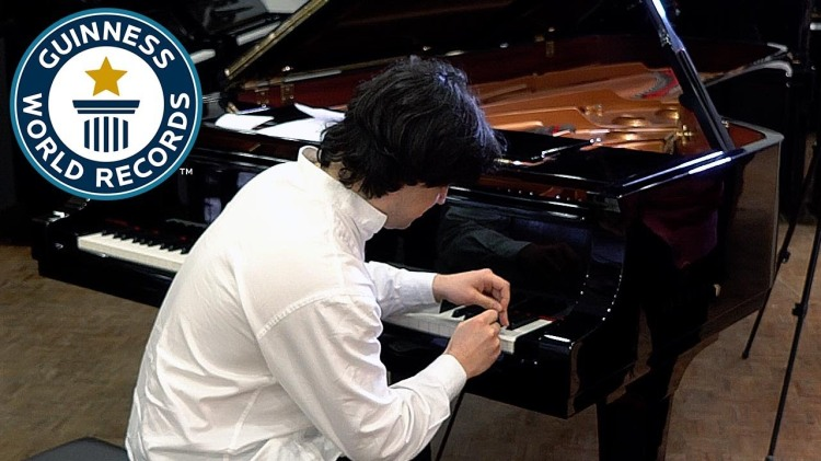 Pianist Sets Guinness World Record for the Most Piano Key Hits in One Minute