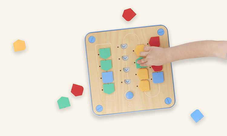 Cubetto, A Programmable Wooden Robot That Helps Teach Kids Ages 3 and Up the Basics of Coding