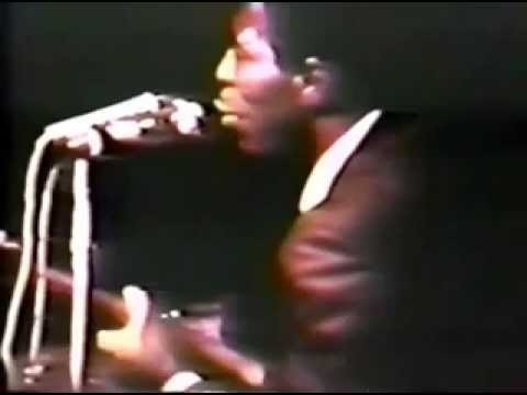 Incredible Footage of an Awestruck Jimi Hendrix Jamming With the Legendary Buddy Guy in 1968