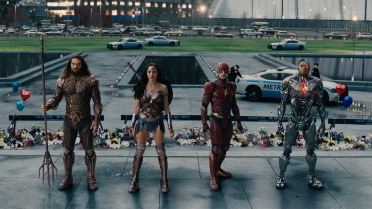 The Mighty 'Justice League' Bands Together to Save the World in Zack Snyder's New Trailer
