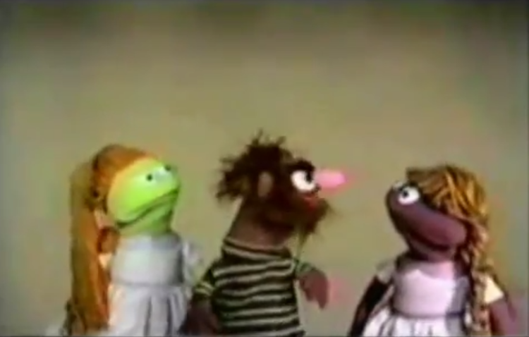 The Original 1969 Debut of the Classic Sesame Street Song 'MANAMANA'