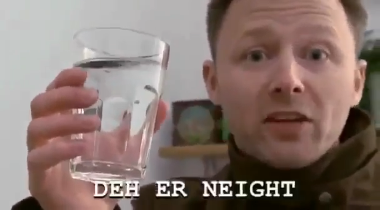 Scottish Man Compares Costly Bottled Water to Tap Water In a Hilariously Subtitled Comedy Sketch