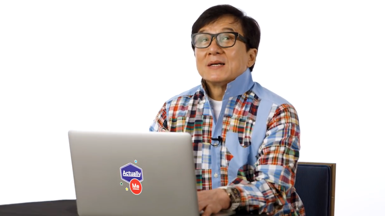 Jackie Chan Goes Undercover on the Internet and Responds to People's Real Comments