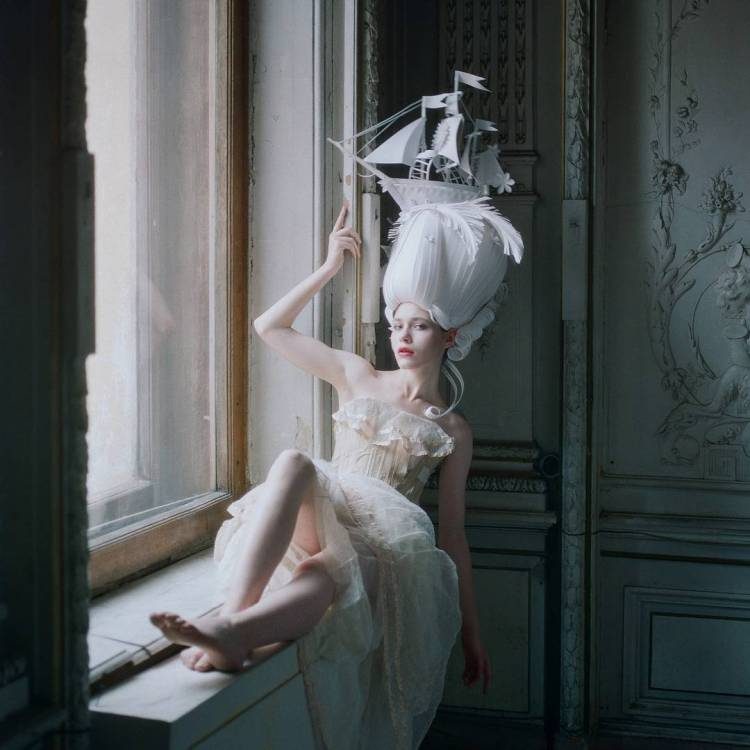 Gorgeous Baroque and Rococo Style Paper Wigs Adorned With Exaggerated Modern Twists
