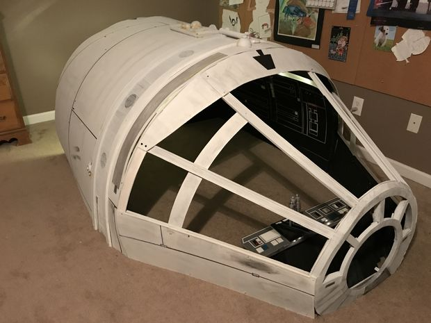 How to Build a Millennium Falcon Playhouse