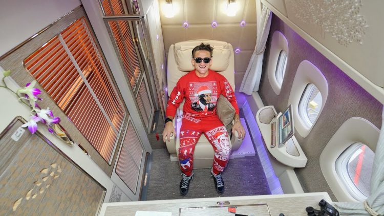 Casey Neistat Reviews The Emirates Airlines First Class