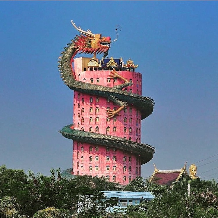 A Unique 80 Meter Pink Buddhist Temple With a 17 Story Green Dragon Wrapped Around the Exterior