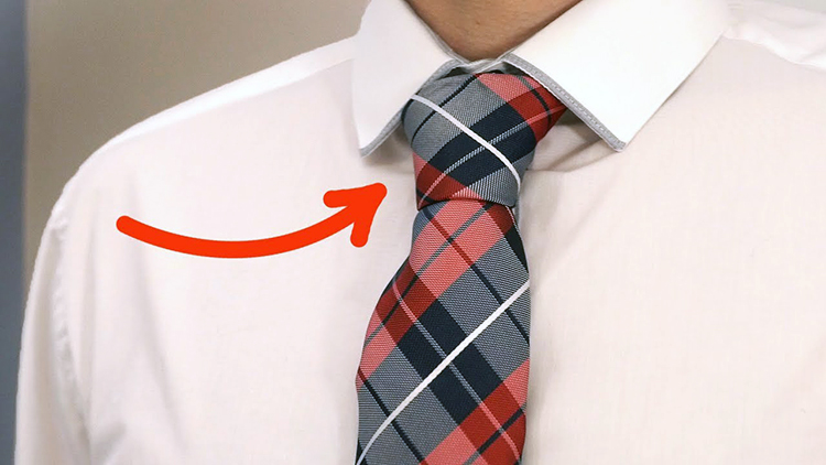 How to Quickly Tie a Tie and Make the Perfect Knot