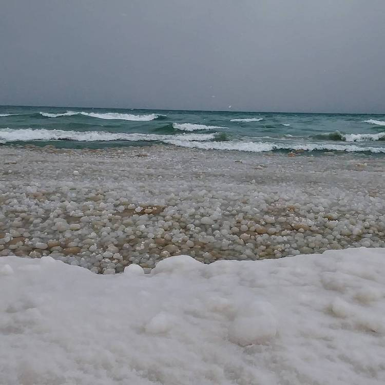 Incredible Footage of the Amazing Balls of Ice That Appear the South Shore of Lake Michigan
