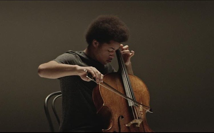 A Heartbreakingly Beautiful Cello Performance of the Iconic Bob Marley Song 'No Woman, No Cry'