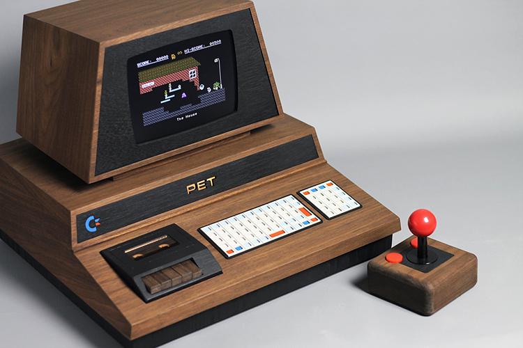 PET De Lux, A Handmade Console Tribute to the 1977 Commodore PET ...