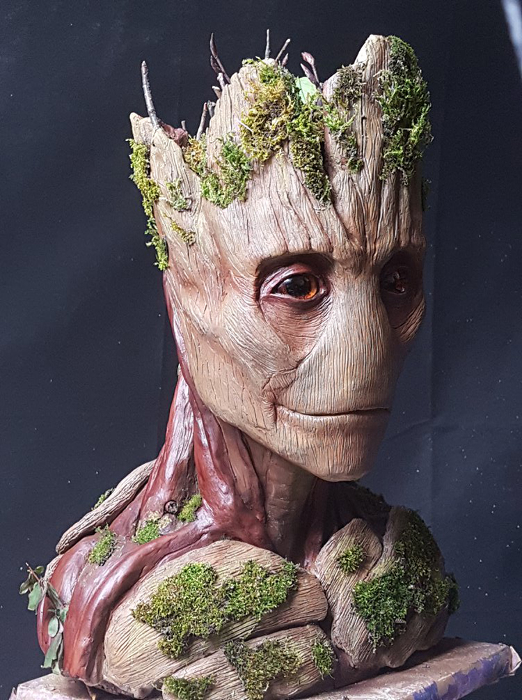 Amazing Timelapse Videos of an Artist Sculpting Incredibly Detailed Busts of Groot and Thanos