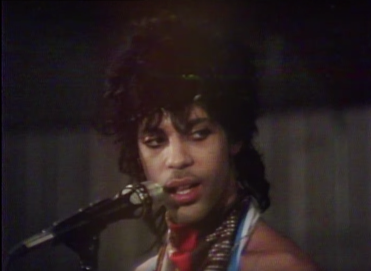 A Poignant Video Of Prince Rehearsing Nothing Compares 2 U At His Minnesota Studio In 1984