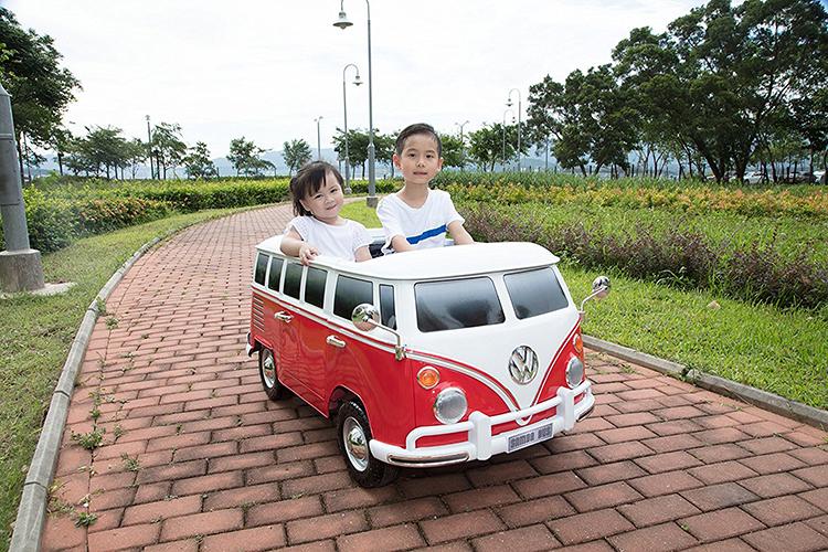 Retro Volkswagen T1 Camper Van Ride-On for Kids