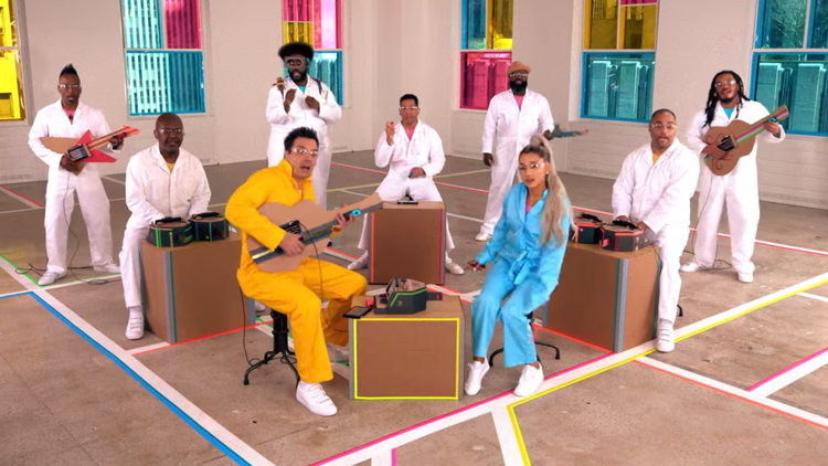 Ariana Grande, Jimmy Fallon & The Roots Perform 'No Tears Left to Cry' on Nintendo Labo Instruments