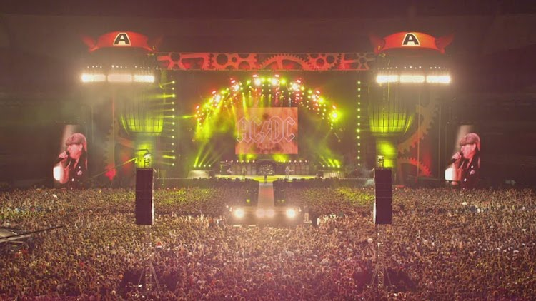 Incredibly Vivid Footage of AC/DC Playing 'Highway to Hell' for a Massive Argentinian Crowd in 2009