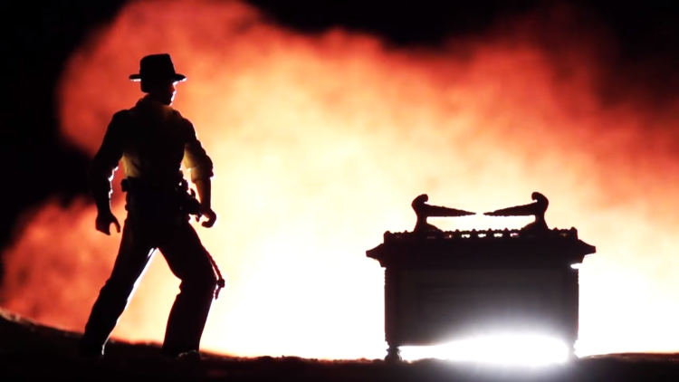 Shanks FX Recreates the 'Opening of the Ark Ceremony' Scene From Raiders of the Lost Ark