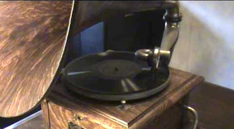 An 85 Year Old Union Civil War Veteran Sings of His Fallen Comrades on a Heartbreaking 1927 Record
