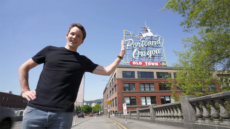 Stop-Motion Animator Teleports Across the USA While Trying to Pose for the Perfect Picture