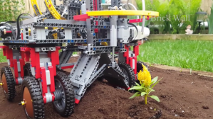 LEGO Garden Machine