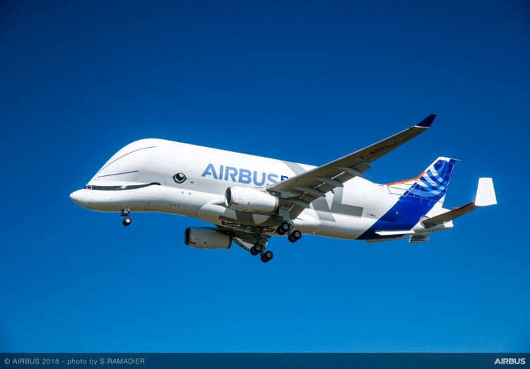 BelugaXL-First-Flight-Air-To-Air-025