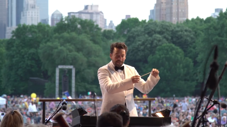 Conductor James Gaffigan Explains Exactly What He Does During an Orchestra Performance