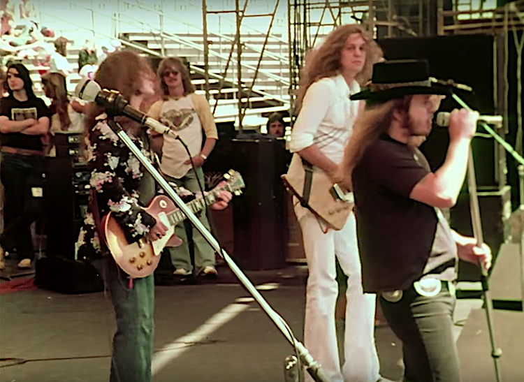 Amazing 1977 Footage of Lynyrd Skynyrd Performing in Oakland Three Months Before Their Tragic Plane Crash