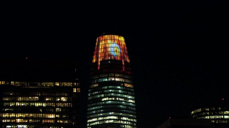 The San Francisco Salesforce Tower Turns Into The Lord Of The Rings