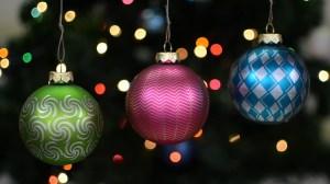 stroboscopically animated Christmas ornaments Eggbot