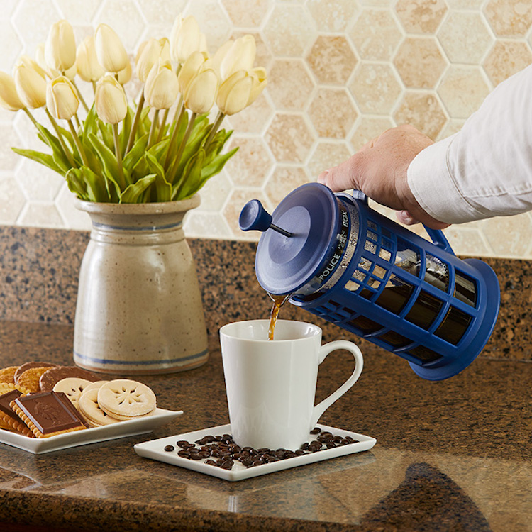 Doctor Who TARDIS Coffee Press Pouring