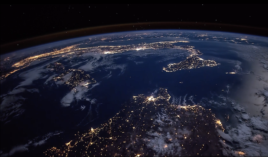 A Stunning Timelapse Of Earth S Orbit Created Using 4k Footage Taken Aboard The International Space Station