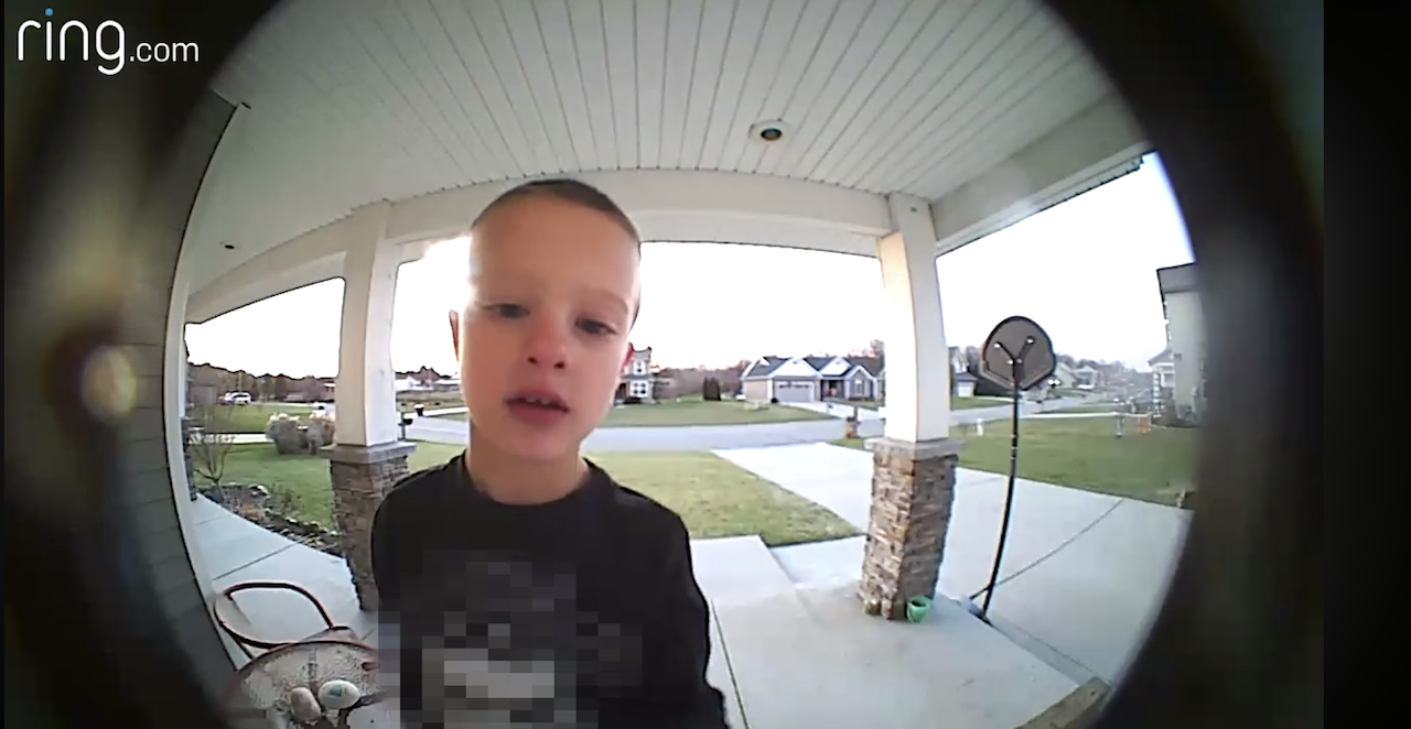 Creative Child Contacts Father at Work Through Video Doorbell to Ask for Help Finding the Kids TV Channel