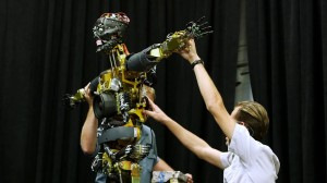 A100 Audio Animatronic Robot Disney Star Wars Galaxys Edge