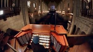 Rob Scallon Fourth Presbytarian Church Chicago Giant Pipe Organ