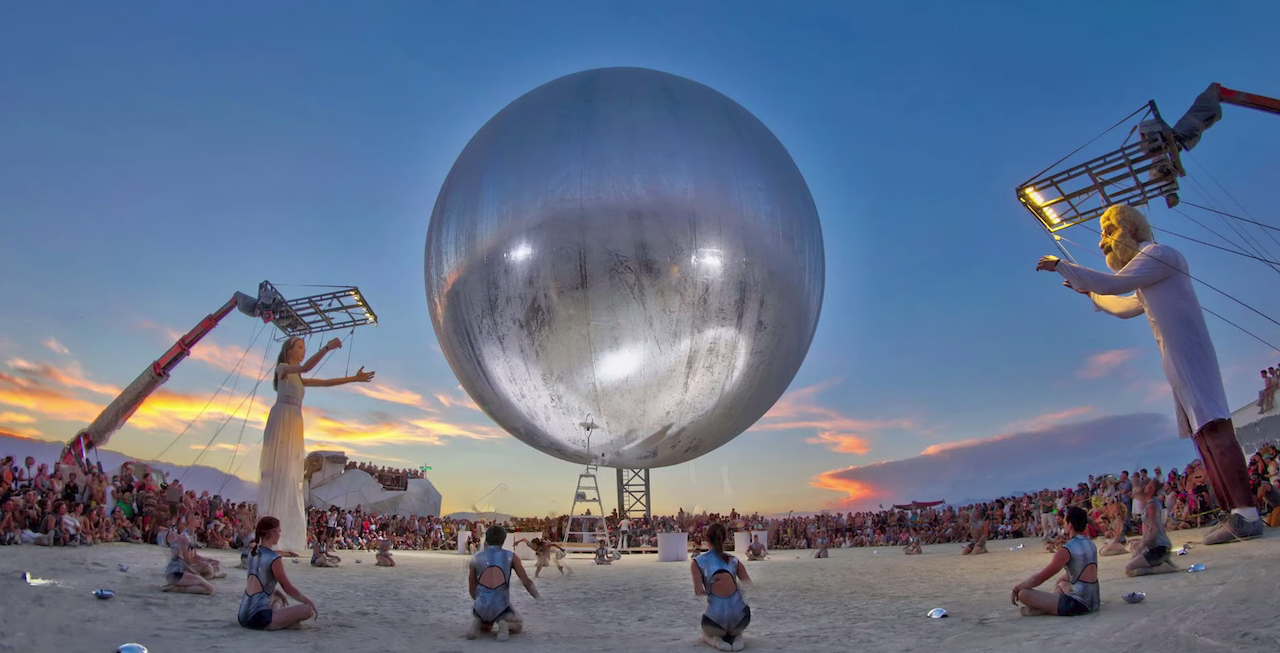 An Inside Look at the Wondrous Sights and Sounds That Took Place Over 24 Hours at Burning Man 2018