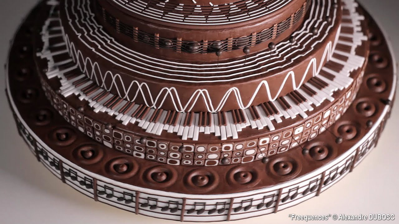 Freequencies, A Musically Themed Spinning Chocolate Cake Zoëtrope by Alexandre Dubosc