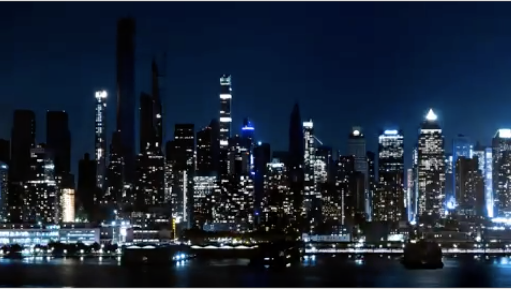 An Incredible Timelapse of the Lights Coming Back on After the Unexpected 2019 New York City Blackout