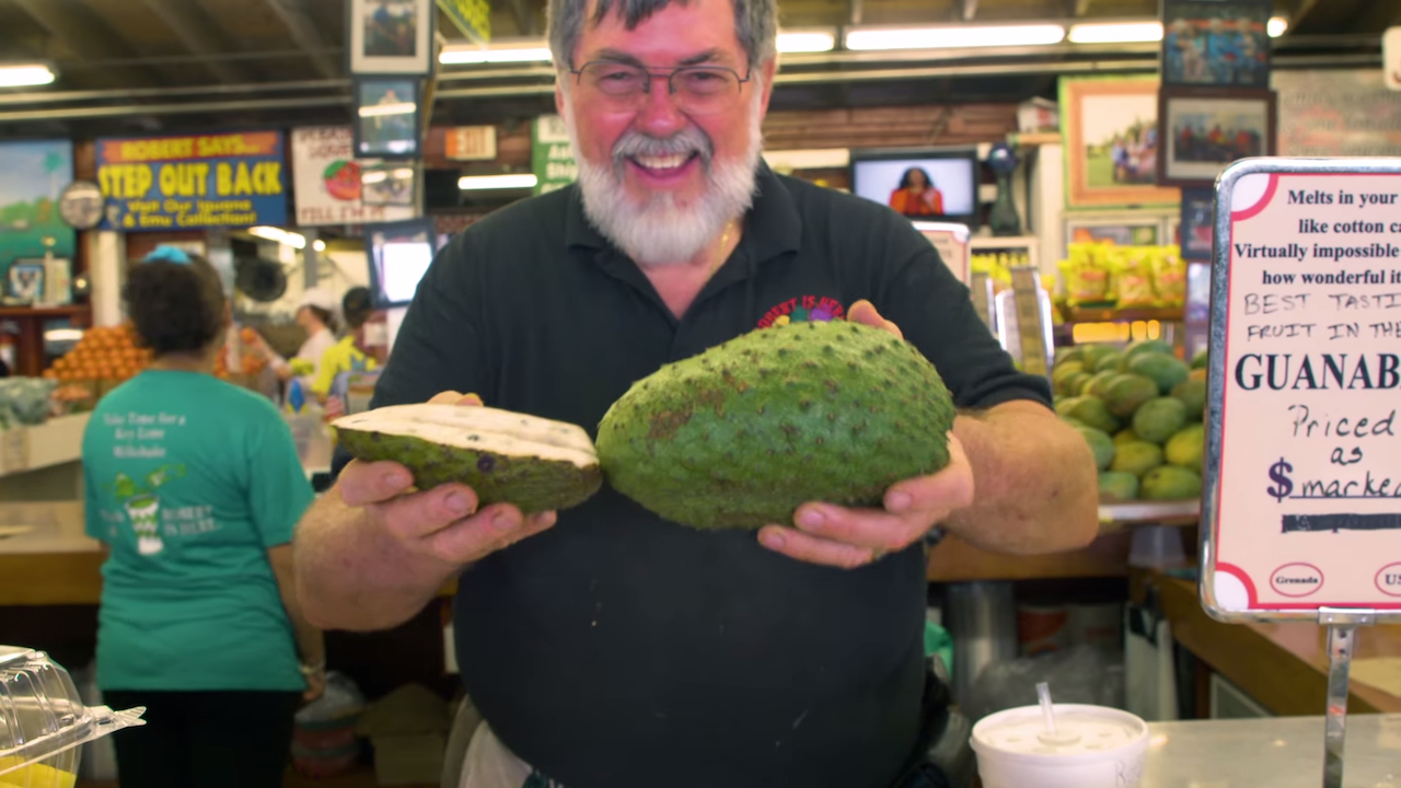 Robert Is Here, A South Florida Farm Stand That Carries a Wonderful Variety of Unusual Tropical Fruit