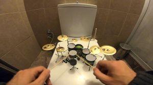 Tiny Scale Drum Kit