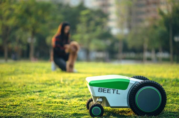 Beetl Robotic Poop Scooper