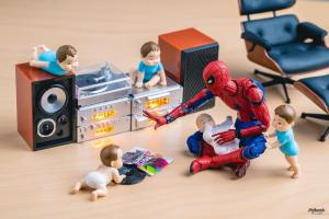 Spiderman Babysitting