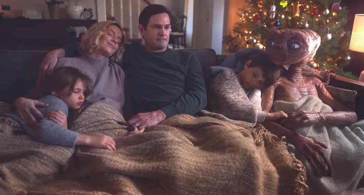A Holiday Reunion Elliot Family ET Xfinity