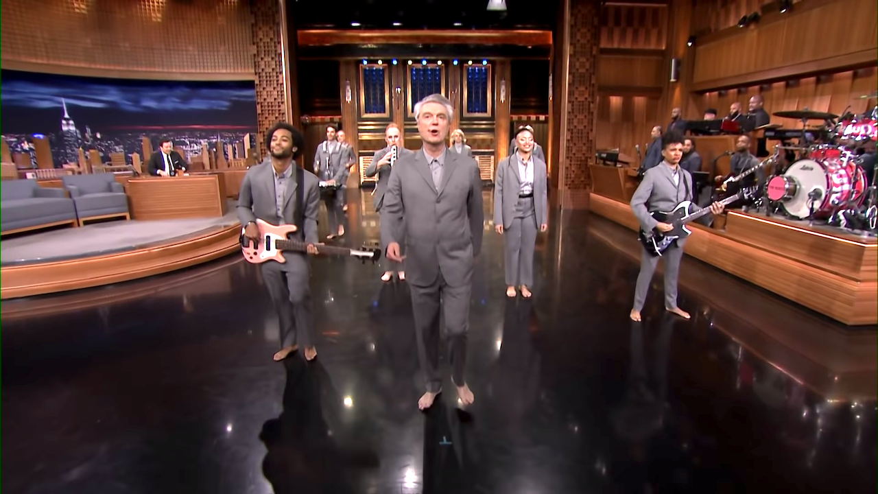 David Byrne and the Barefoot Cast of 'American Utopia' Perform a Joyful Version of 'Road to Nowhere'