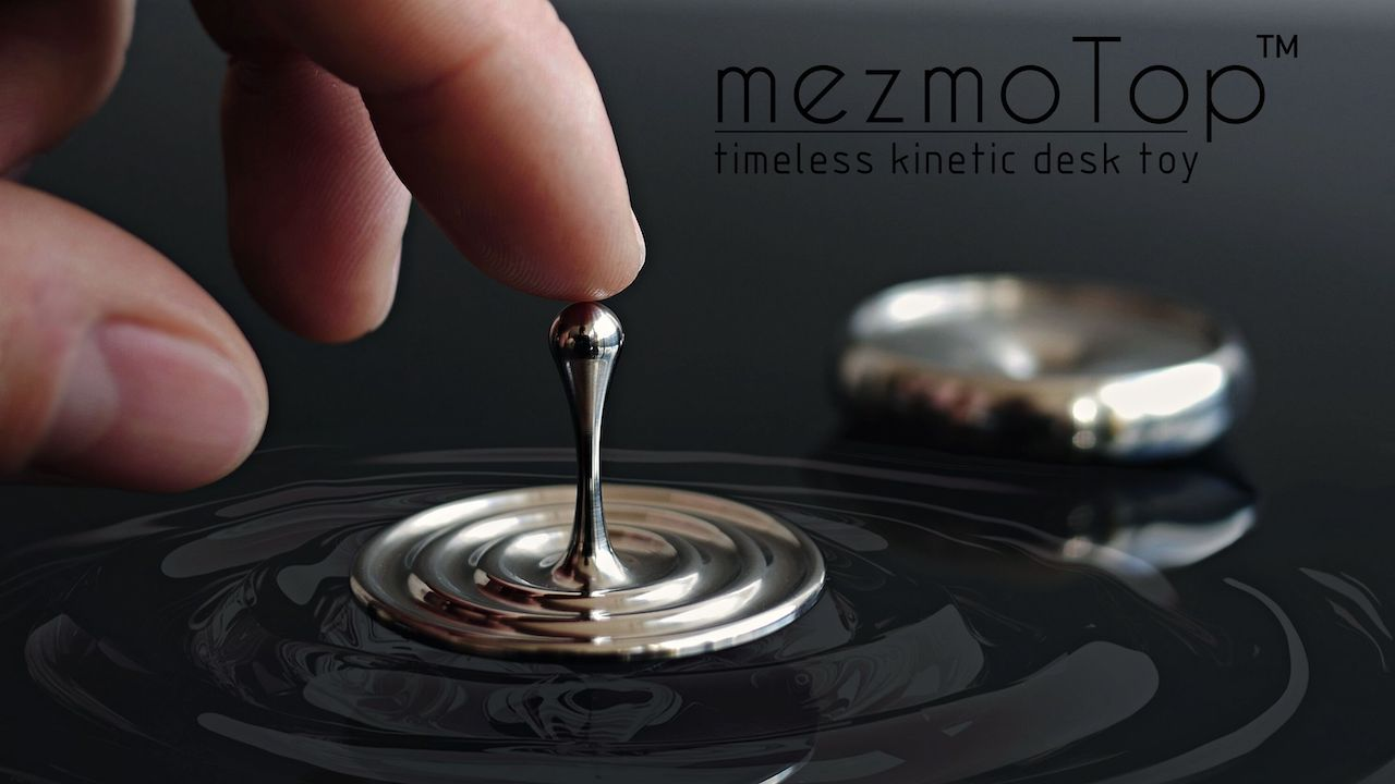 A Precision Spinning Top With Mesmerizing Kinetic Motion That Mimics the Fall of Raindrops Into Water