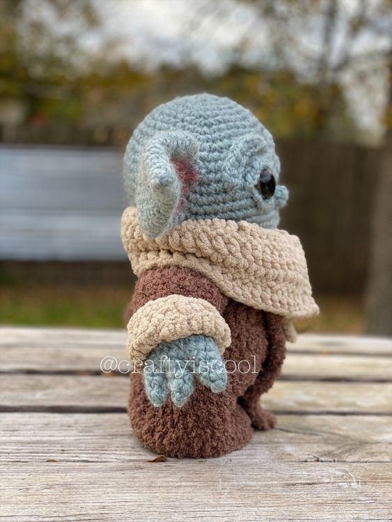Baby Yoda Pattern Side