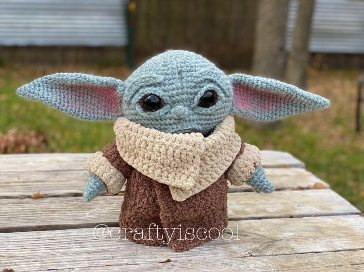 Baby Yoda Pattern on Table